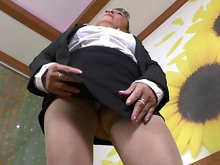 Loved granny Karina G pleases her hairy pussy with a plaything
