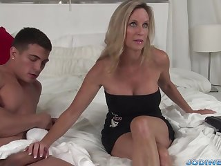 Provocative Taut Mommy Smooches Her Junior Trainer Here Humungous Man Sausage