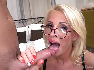 Lusty GILF Grandma Tiffany Rousso - In a beeline Step-Mature Is Lonely - hardcore with cumshot