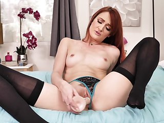 Sexy bar JOI with radiant red-haired senior woman Andi Rye