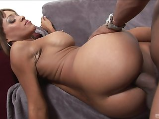 Big booty ebony doll lands radiantly BBC apropos both her shaved holes