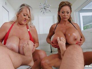 Sluts Minka and Kayla Kleevage with massive fake boobs in a 3-way