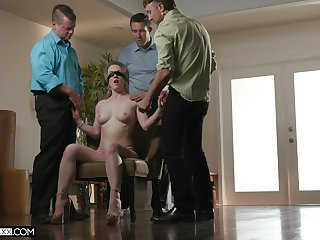 Blowbang surprise for insatiable bawd become man Kate Kennedy
