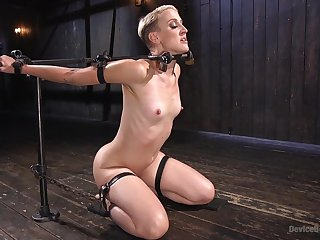Rough pussy torture boxing-match with option sex toys - Dylan Ryan