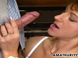 Brunette mature got pussy railed by the piano