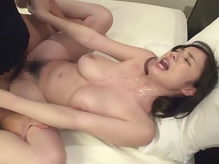 Asian big breasted babe fucks in put emphasize motel field