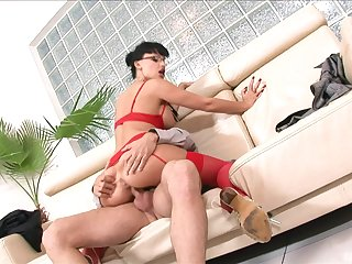 big ass MILF keeps her red underthings greater than when riding hard