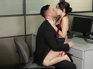 Jolly Jane Wilde gets her sexual fix at someone's skin desk around someone's skin office
