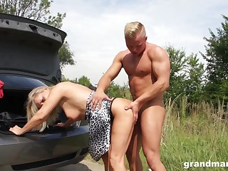 Tanned mature wrinkled spitfire flashes tits as A she is fucked hard in the car