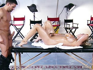 Wild pussy and tits shafting on the massage table with Buddhism vihara Brooks