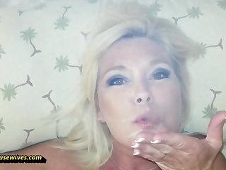 She Loves to Smoke While She Fucks